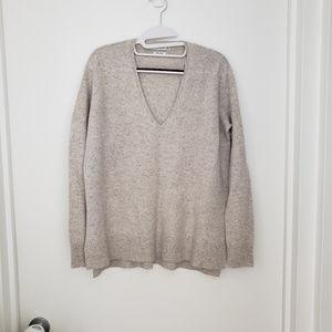 Zara V-Neck Cashmere Sweater NEW w/o tags